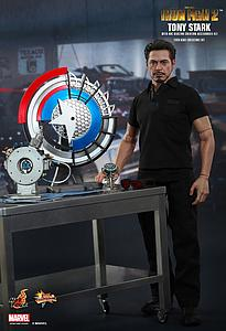 Marvel Iron Man 2 1/6 Scale Movie Masterpiece Figure Tony Stark with Arc Reactor Creation Accessories Set