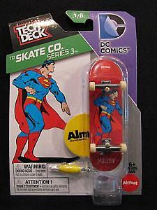 Tech Deck 96mm Fingerboard - TD Skate Co. Series 3 DC Comics Superman