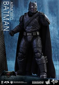 Armored Batman (MMS349)