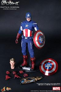 Marvel The Avengers (2012) 1/6 Scale Figure Captain America