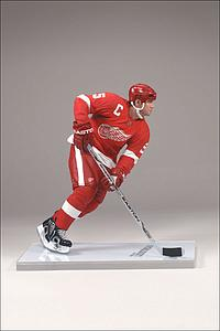 NHL Sportspicks Series 20 Nicklas Lidstrom (Detroit Red Wings) Red Jersey