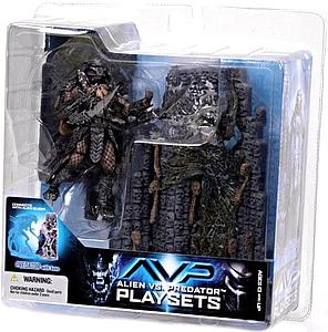 McFarlane Alien vs. Predator Movie Playsets Action Figure Scar Predator with Victim