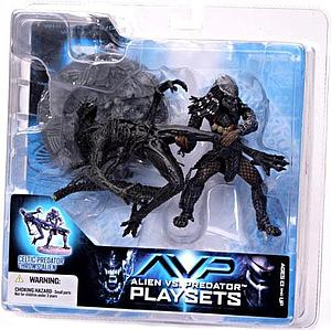 McFarlane Alien vs. Predator Movie Playsets Action Figure Celtic Predator Throws Alien