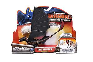 Spin Master Dragons Defender of Berk: Toothless Night Fury (Catapult Tail)