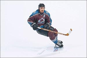 NHL Sportspicks Series 7 Peter Forsberg (Colorado Avalanche) Maroon