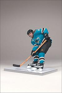 NHL Sportspicks Series 20 Jonathan Cheechoo (San Jose Sharks) Blue Jersey