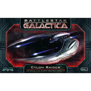 Battlestar Galactica 2004 Series Cylon Raider Model Kit (1:32 Scale)