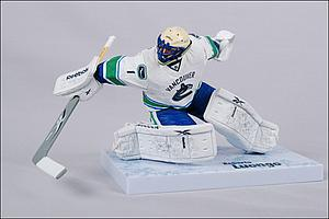 NHL Sportspicks Series 28 Roberto Luongo (Vancouver Canucks) White Jersey