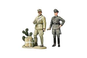 WWII Wehrmacht Officer with Africa Corps Tank Crewman (25154)