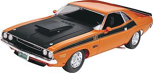 Revell 1/24 Model Kit '70 Dodge Challenger T/A 2'n 1 (RMX2596)