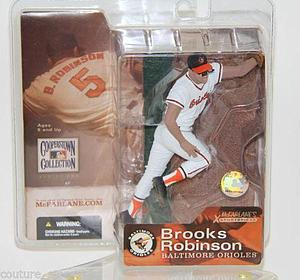 MLB Sportspicks Cooperstown Series 1: Brooks Robinson (Baltimore Orioles) White Jersey